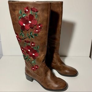 Franchesca's floral embroidered riding boots 8.5